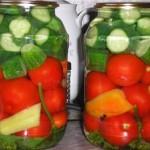 Соленья — Ассорти с помидорами