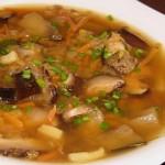 Чечевичный суп с баклажанами