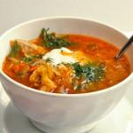 Сырный суп со свининой и чесноком