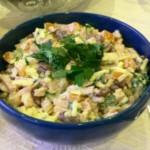 Салат с говядины и сардинами