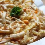 Тушенные кальмары с рисом