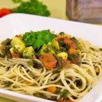 Спагетти с кабачками и шпинатом
